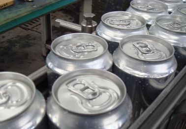 High speed Pop Aluminum Can Filling Machine Pneumatic Control 3000 cans/hour (300ml)